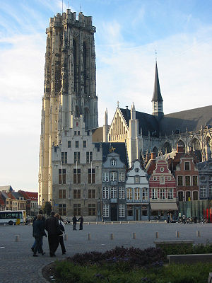 Mechelen - Mechelen: Grote Markt (Large Market square), St.Rumbold'sCathedral