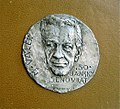 Medaila Miroslav Valek.jpg