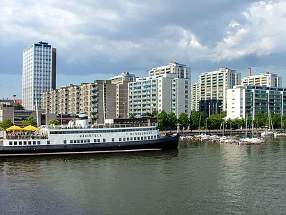 How to get to Merihaka with public transit - About the place