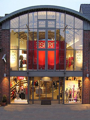 Esprit Holdings - Esprit Store in Germany