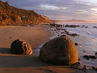 Āraiteuru - Moeraki boulders