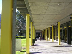 Monash University, Caulfield campus - K block walkway on Caulfield Campus