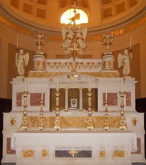 Montalcino, Concattedrale del Santissimo Salvatore - Altare maggiore