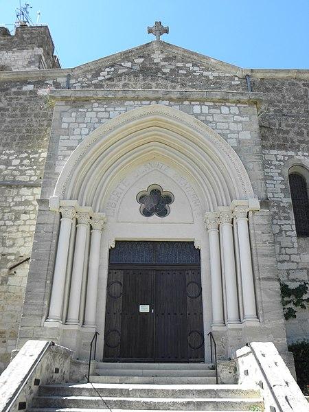 Église Saint-Étienne de Montferrier-sur-Lez (34). Portail sud.