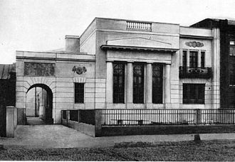 Russian neoclassical revival - Fyodor Schechtel, probably the largest figure in Russian Art Nouveau, built his own house in neoclassical style.