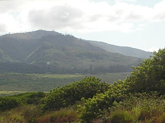 Lanai - Image: Mountains lanai