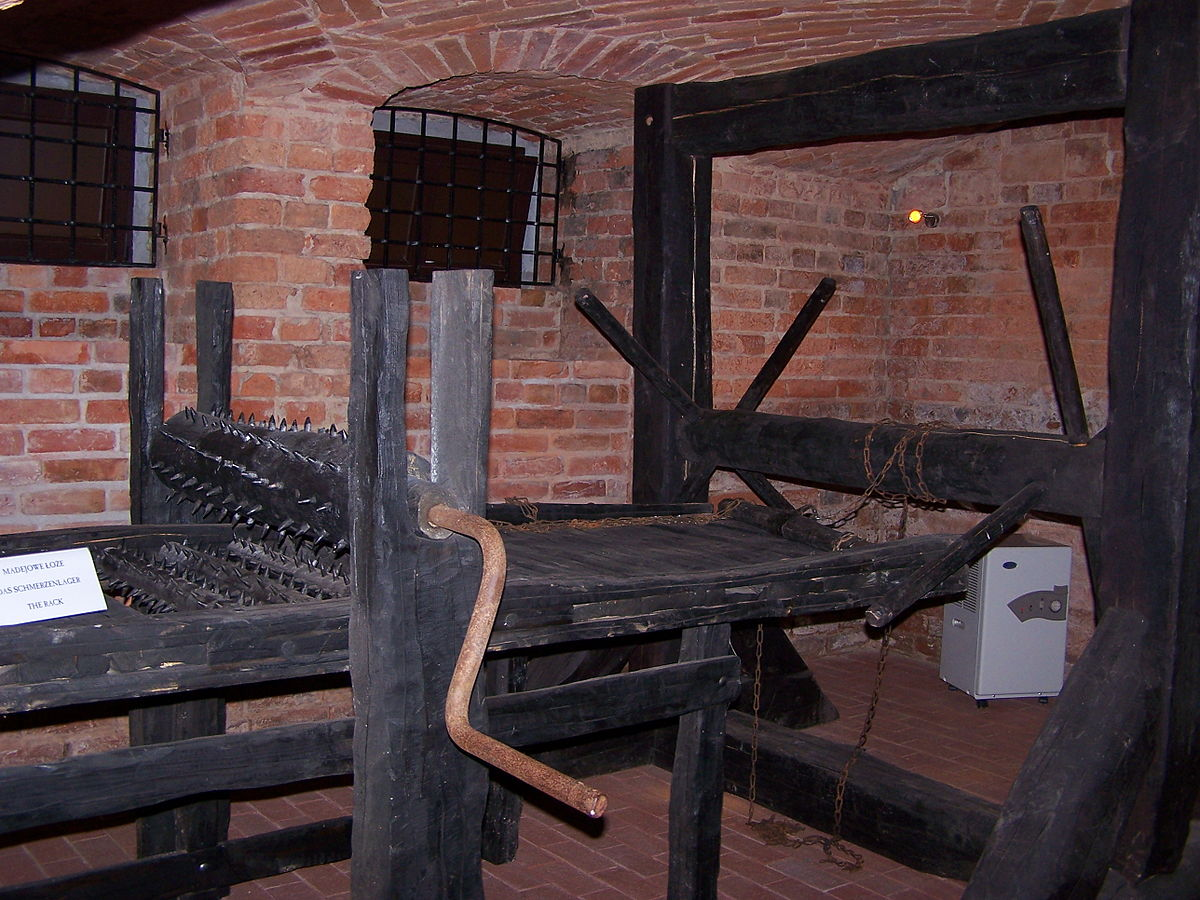 1200px-Muzeum_Ziemi_Lubuskiej_-_Muzeum_T
