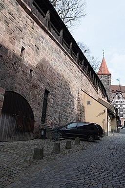 Nürnberg, Stadtbefestigung, Neutormauer, Stadtseite-20160304-001