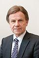 Naringsminister Mauri Pekkarinen Finland.jpg