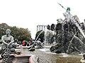 Neptunbrunnen 022.jpg