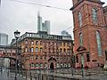 Neues Rathaus Frankfurt mit Paulskirche.jpg
