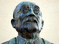 La statue d'Henri Queuille