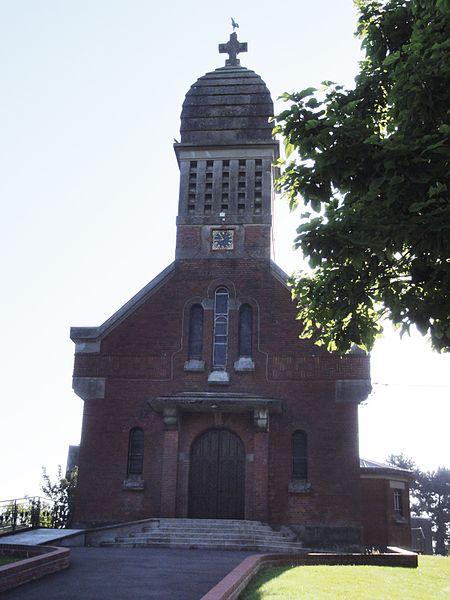 Neuville-Saint-Amand (Aisne) église