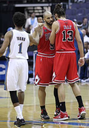 Chicago Bulls Carlos Boozer and Joakim Noah hug