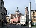 Obelisco ghiara reggio emilia.jpg