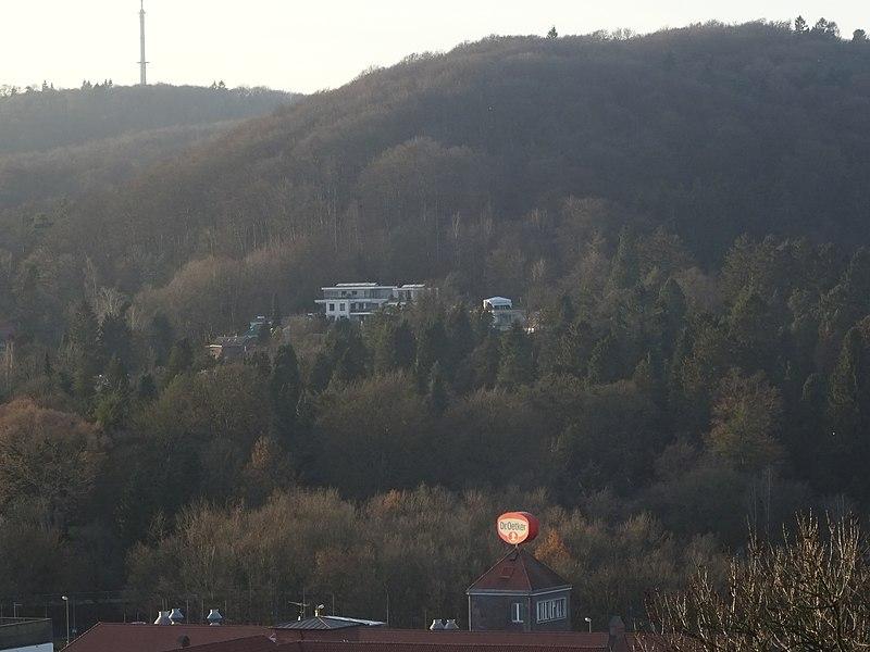 File:Oetker Konzern Bielefeld.jpg