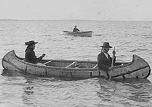 Duluth, Minnesota - Ojibwe birch bark canoe – about 1910