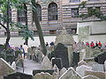 Old Jewish Cemetery, Prague 038.jpg