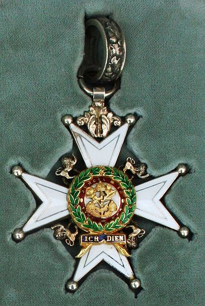 File:Order of the Bath - Neck Badge.JPG