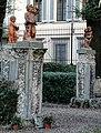 Palazzo di san clemente, statue del giardino, nani (caramogi) forse su disegno di baccio del bianco 01.jpg