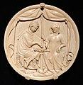 Parigi, porta-specchio in avorio con coppia di innamorati, 1325-50 ca.jpg