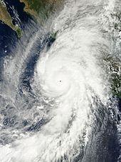 Patricia in avvicinamento alle coste messicane il 23 ottobre