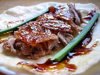 Sweet bean sauce - Image: Peking duck wrap 1
