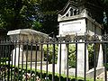Perelachaise-LaFontaine-Moliere-p1000402.jpg