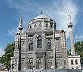 Pertevniyal Valide Mosque DSCF2323.jpg
