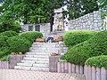 Petrovice, Edisonova, pomník padlým.jpg