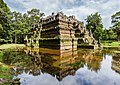 Phimeanakas, Angkor Thom, Camboya, 2013-08-16, DD 04.jpg