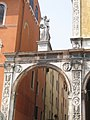 Piazza dei Signori, Verona, 2007-04-06 - panoramio.jpg