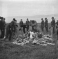 Plechtigheid bij de graven van gefusilleerden te Zijpe en St Pancras, Bestanddeelnr 900-3376.jpg