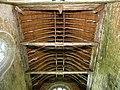 Ploubezre (22) Chapelle de Kerfons Charpenterie 01.JPG