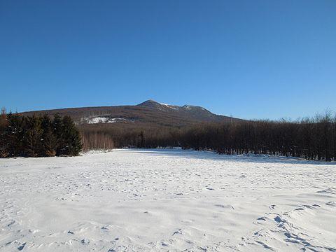 Pohľad na vrchol Vihorlatu vo februári.JPG