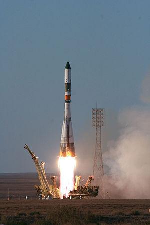 Progress M-11M - Progress M-11M launches from Baikonur's pad 1 on June 21, 2011.
