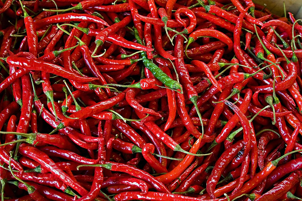 Do Spicy Foods Make Feet Swell