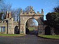 Redbourne Park Gateway - geograph.org.uk - 110231.jpg