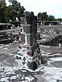 Restos de pilar Azteca - panoramio.jpg