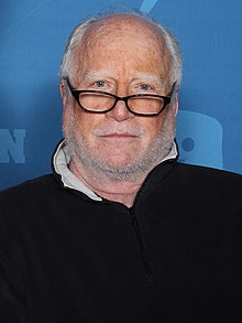 Richard Dreyfuss (46291399092).jpg