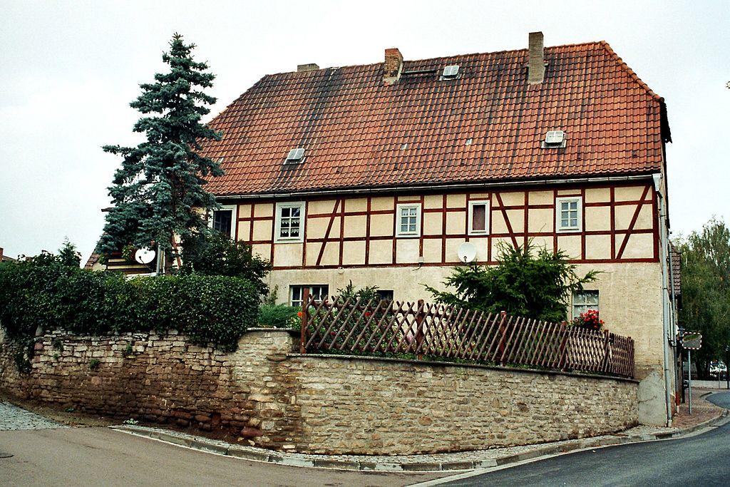 File riestedt sangerhausen fachwerk in mansfelder for Fachwerk wikipedia
