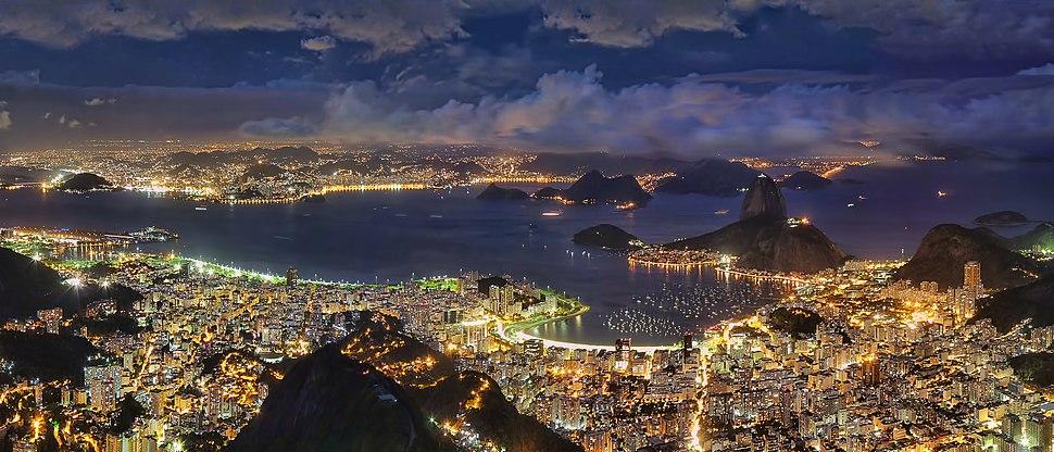 Rio de Janeiro at night in 2013.