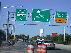New Jersey Route 35 - Route 35 just north of the Shark River bridge in Neptune Township with New York City listed as the control city.