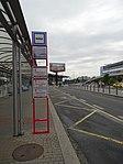 Ruzyně, letiště, zastávka Terminál 1, sloupek C.jpg