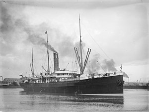 Photo of the New Zealand passenger ship SS Warrimoo taken by Allan C. Green (1878–1954). Picture probably taken prior to 1920.