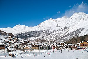 Saas-Fee - Saas-Fee as seen from the bottom of the slopes