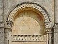 Saint-Amant-de-Boixe 16 Faux tympan gauche 2014.jpg