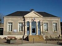 Sainte-Sévère-sur-Indre (36) - Mairie.jpg