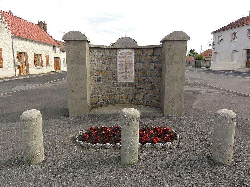 Samoussy (Aisne) monument aux morts