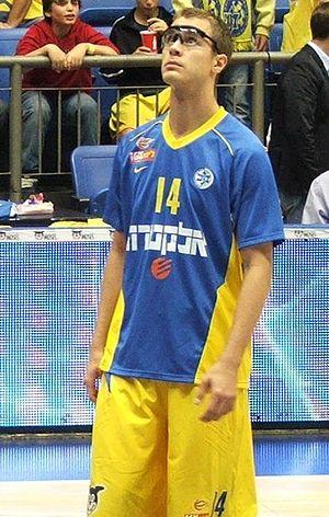 Jon Scheyer - Scheyer with Maccabi Tel Aviv, October 2011